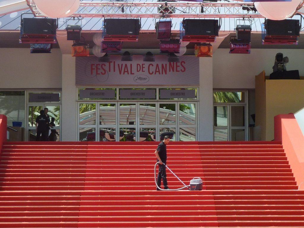 Cannes è in fermento soprattutto nel periodo dedicato al Festival del Cinema, ma in questo teatro sono tanti gli eventi in programma a cui poter assistere lungo l'arco dell'anno.