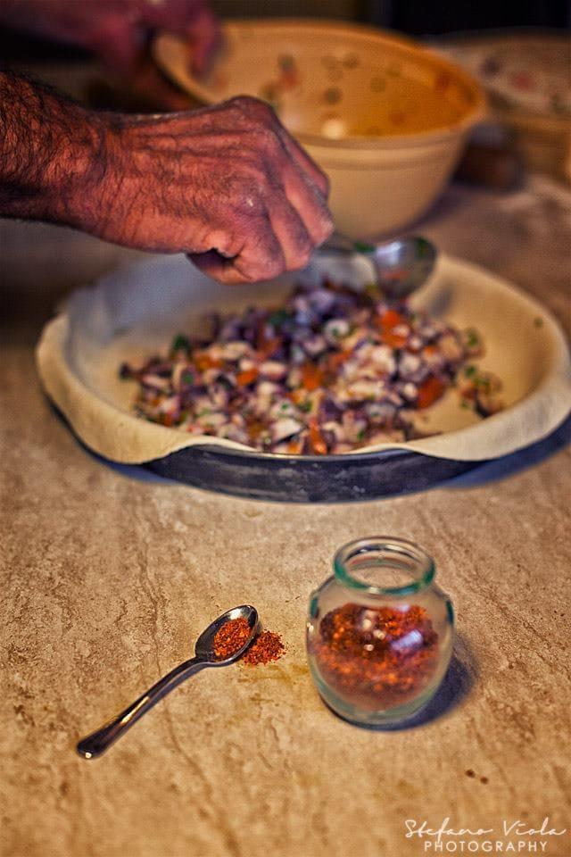 Non c'è occasione migliore per preparare piatti tipici del territorio con prodotti autoctoni. Il Natale gaetano è soprattutto cibo buono e a chilometro zero.