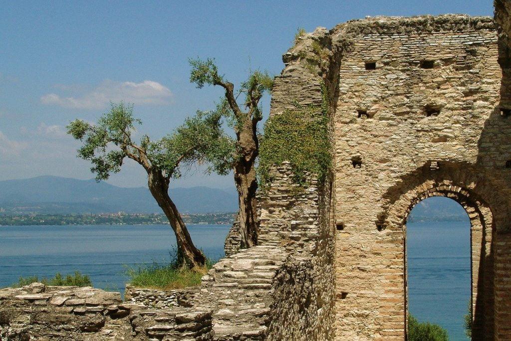 Viaggio on the road sul lago di Garda, Sirmione, trevaligie