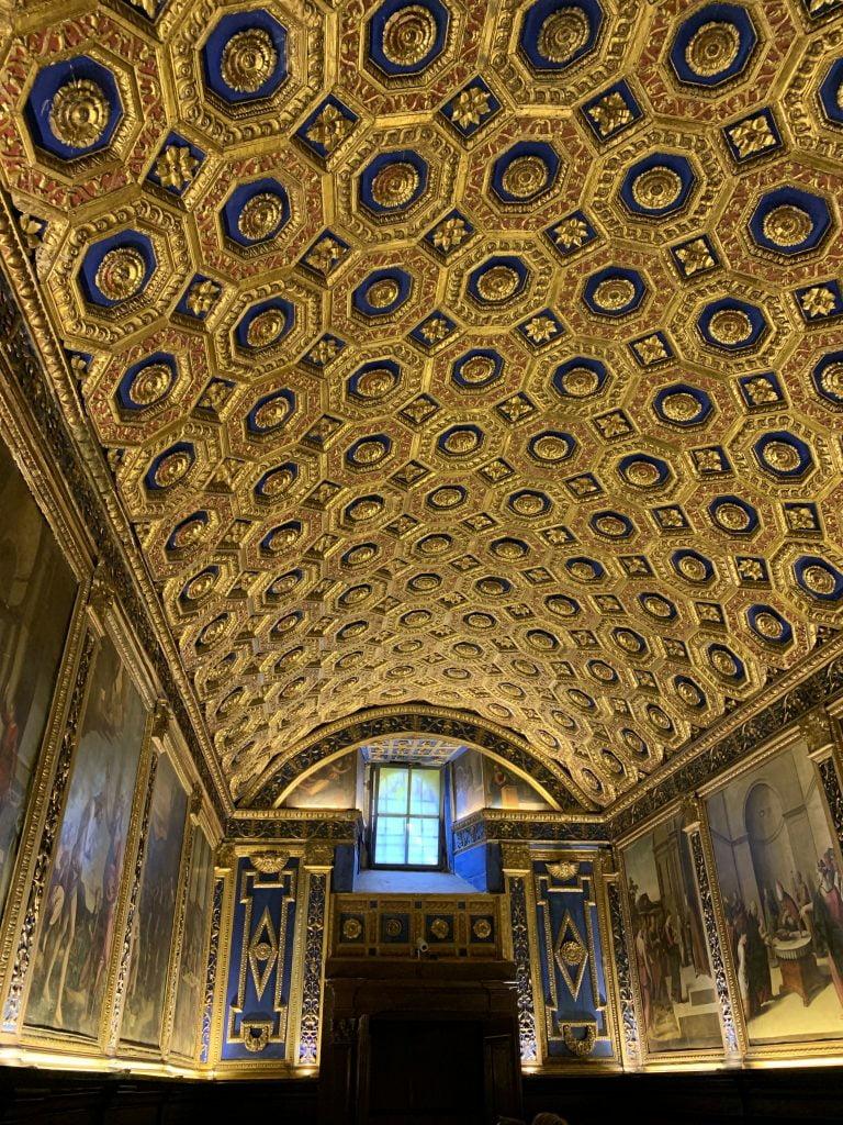 Cappella d'oro a Gaeta, vacanza a Gaeta, Lazio, trevaligie