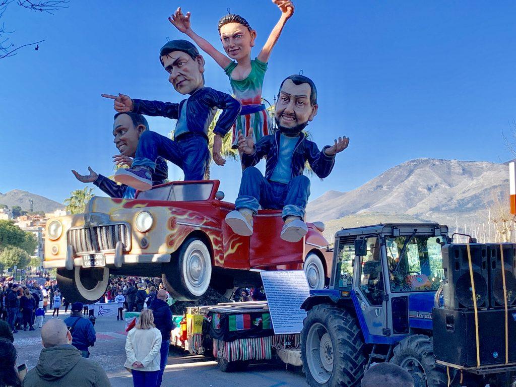 Carnevale a Gaeta, carri allegorici, Lazio, trevaligie