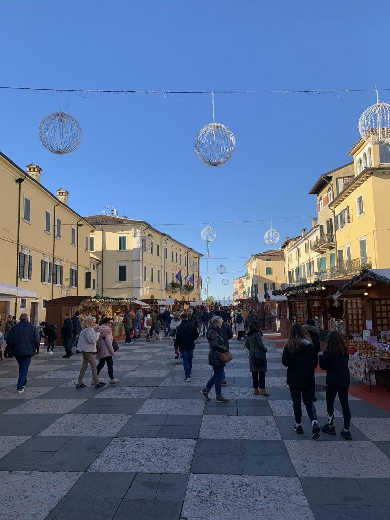 Lazise, vacanza sul lago di Garda, Verona, trevaligie