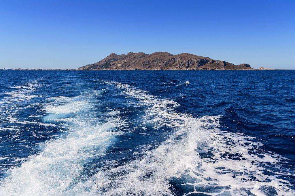 raggiungere la sicilia in traghetto, viaggio on the road in sicilia, trevaligie