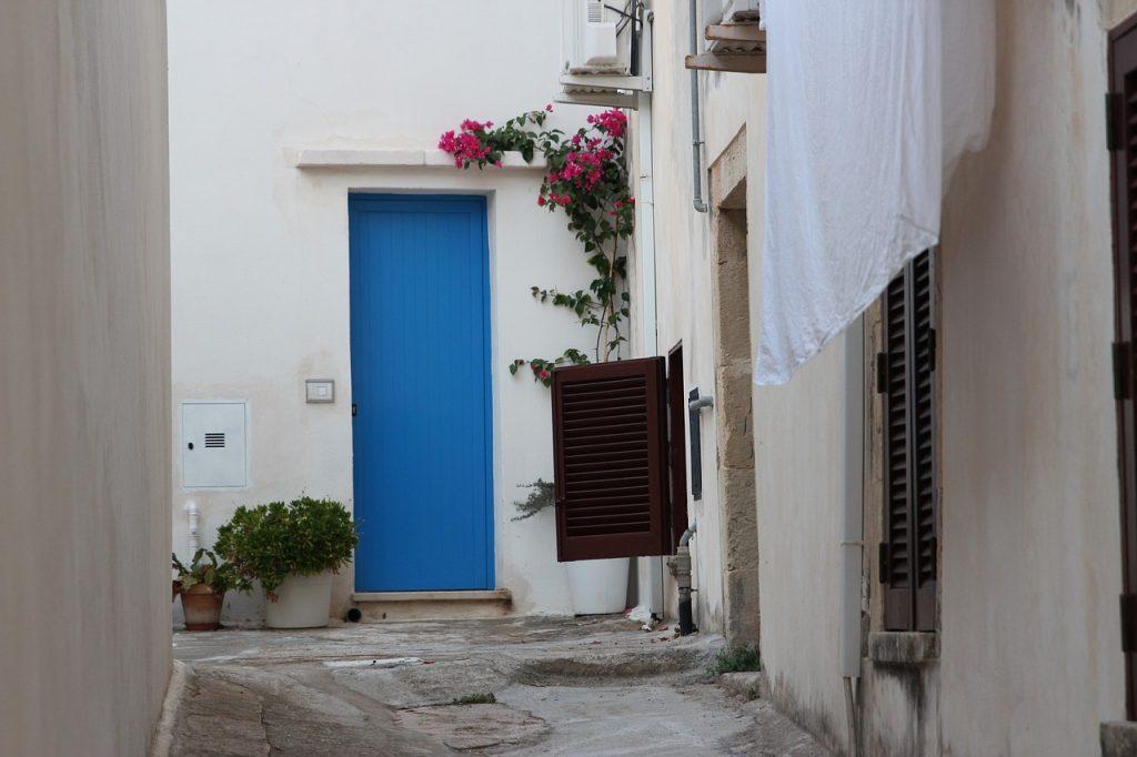 Il centro storico di Otranto è un dedalo di viuzze deliziose, che Si intersecano a scalinate e cortili.