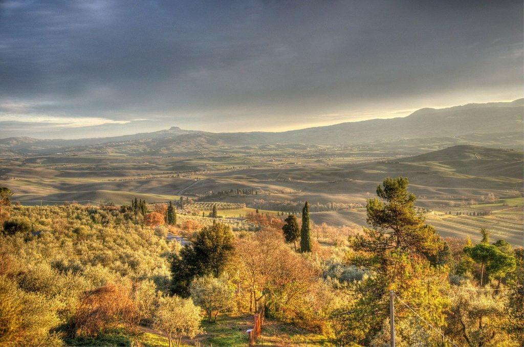 Dal giardino interno di palazzo Piccolomini di Pienza è possibile avere una visuale perfetta su tutta la Val D'Orcia.