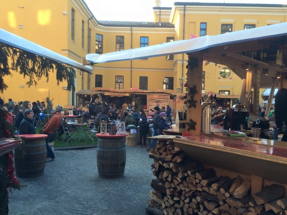 I Mercatini di Natale di Rovereto sono tra i più belli del Nord Italia, visitabili anche con i bambini al seguito.