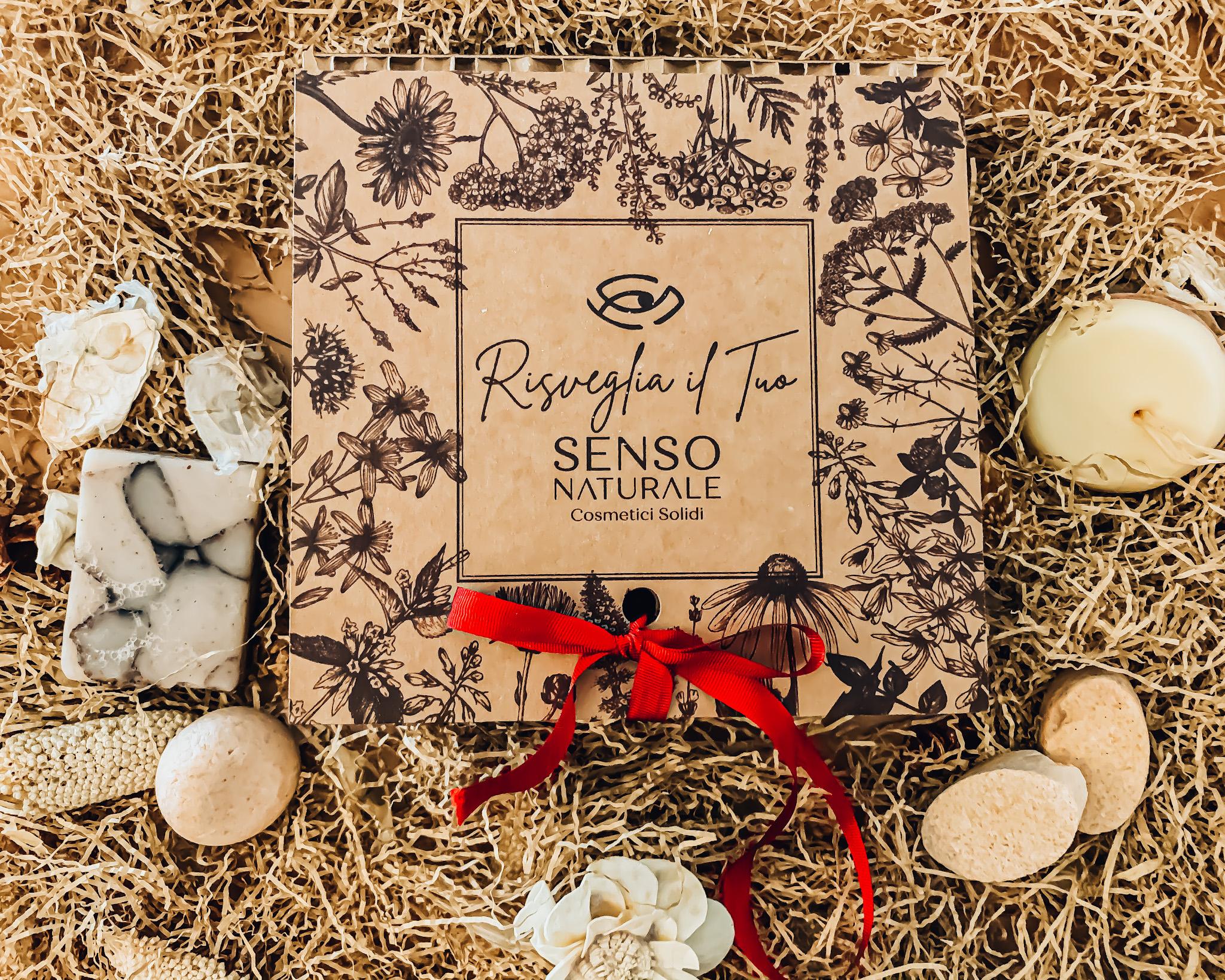 I cosmetici solidi di Sensonaturale sono ricchi di essenza naturali e di estratti fitoterapici, e sono amici dell'ambiente perchè vengono imballati con materiale riciclato.