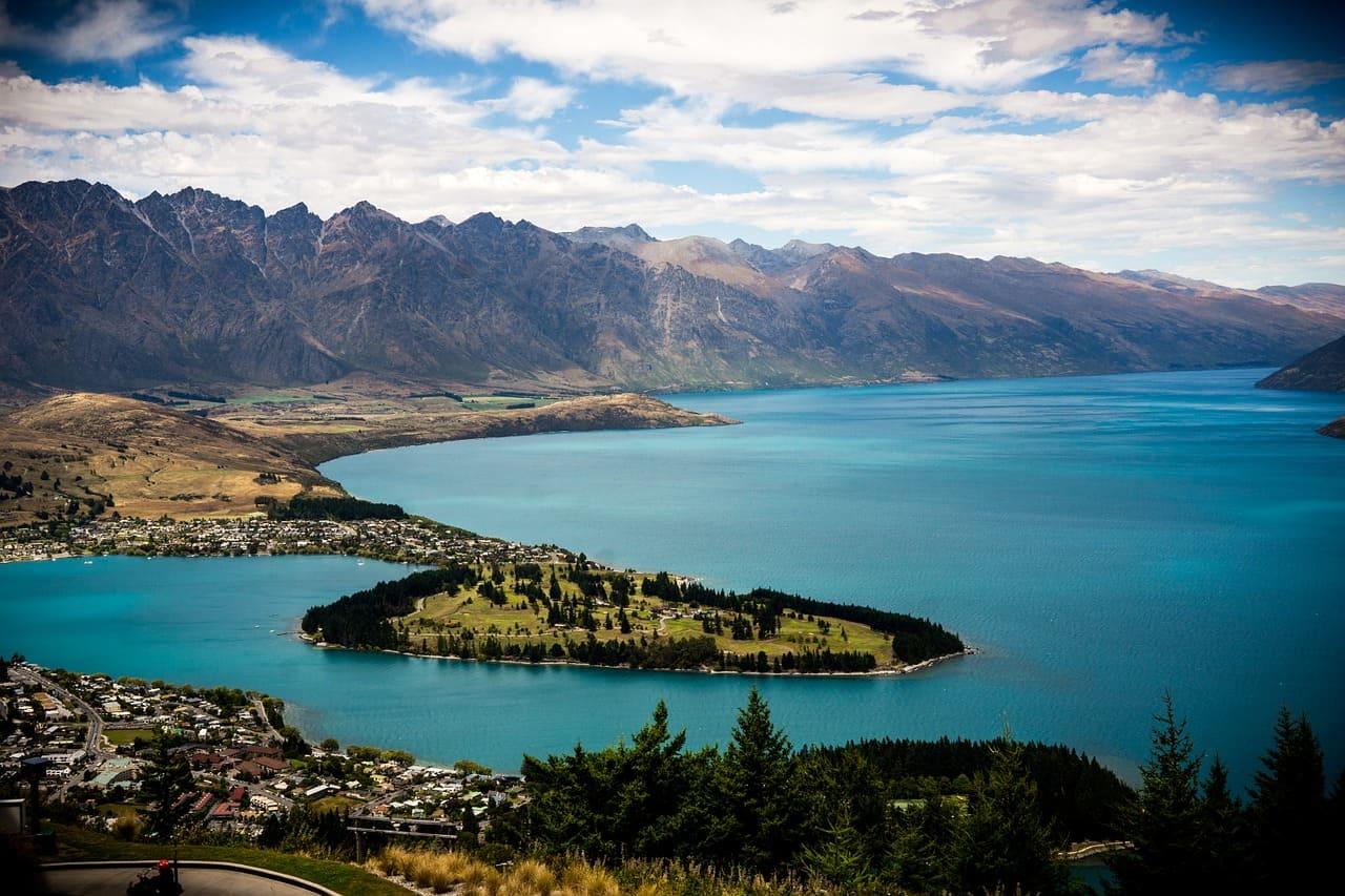 Organizzare un viaggio on the road in Nuova Zelanda è più semplice di quanto Si pensi. Ce lo racconta Claudia di Diario dal Mondo, che ha organizzato un bellissimo itinerario on the road con la sua famiglia.