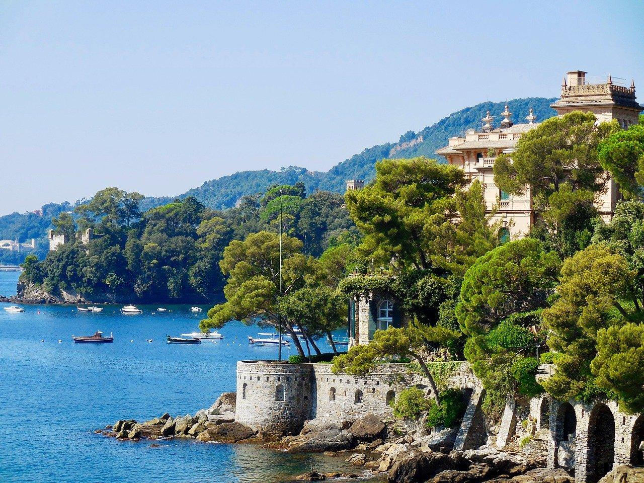 Santa margherita Ligure è una delle località più belle della regione, bellissima da visitare in ogni stagione, anche con i bambini.