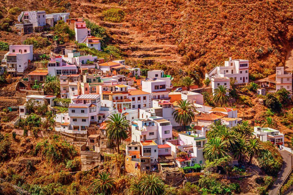Le strade dell'Andalusia sono tutte facilmente percorribili, ma se hai tempo opta per le vie secondarie, che regalano paesaggi straordinari.