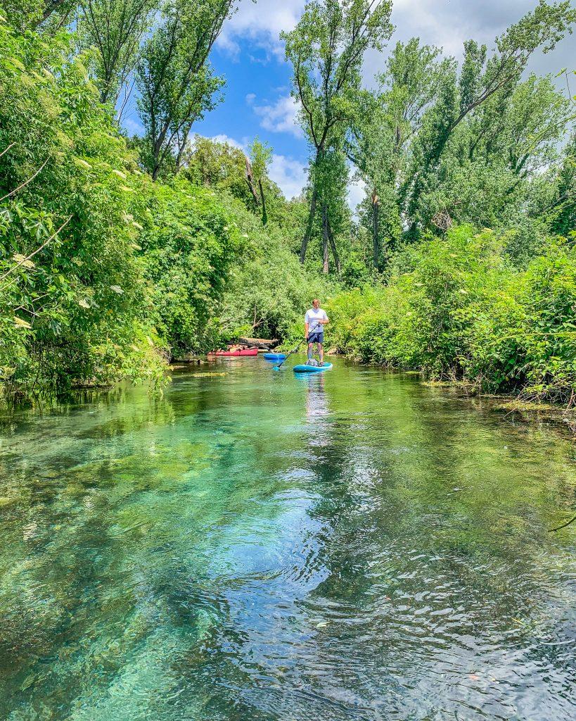 Scorci fiabeschi, incantati e incontaminati fanno del fiume Cavata uno dei posti imperdibili da visitare nella zona.