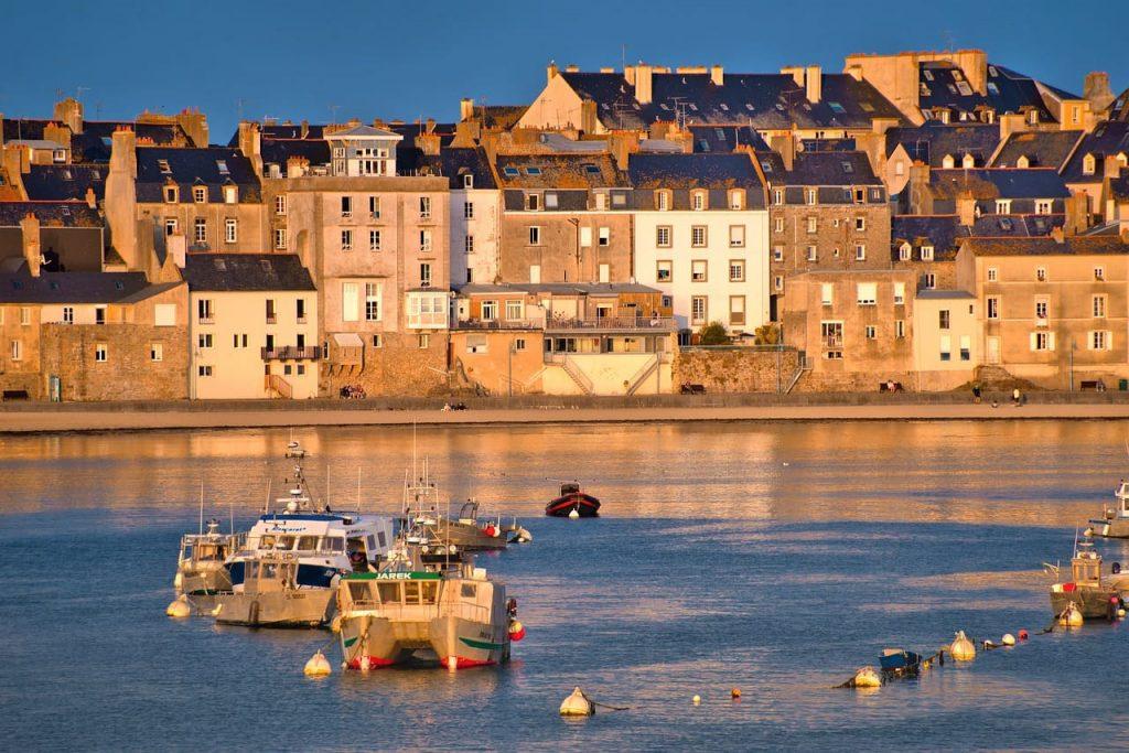La baia di Saint Malo, cittadella corsara della Bretagna