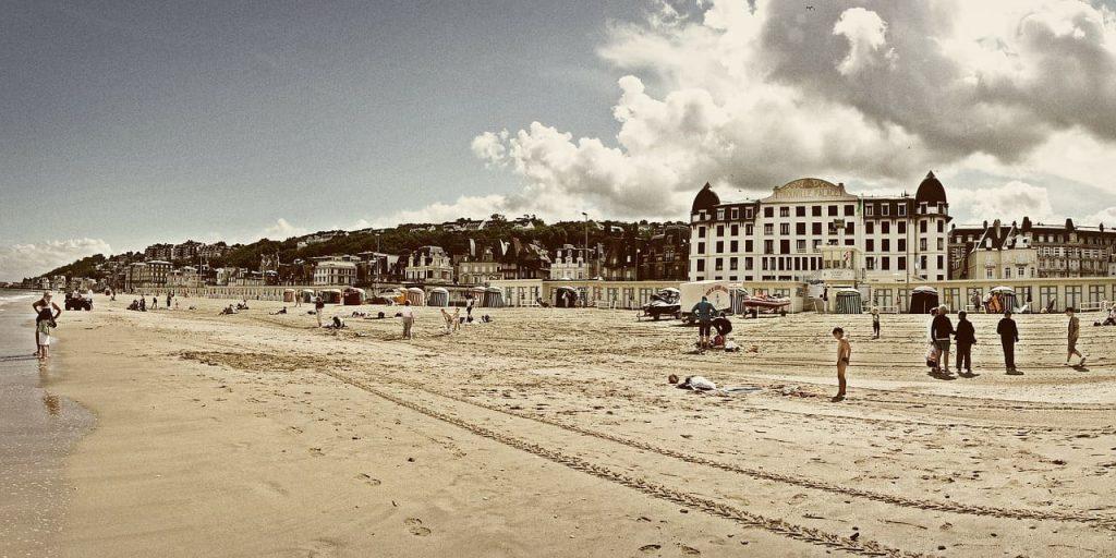 Deauville e Treauville, le spiagge pittoresche della Normandia