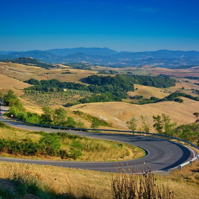 Le strade più belle da percorrere in Toscana durante un viaggio on the road