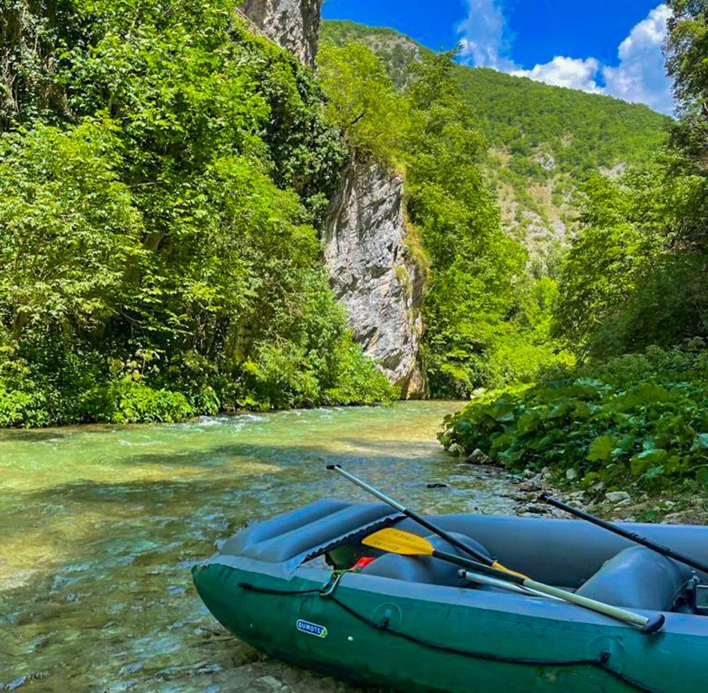 Rafting in Umbria sul fiume Corno con i bambini